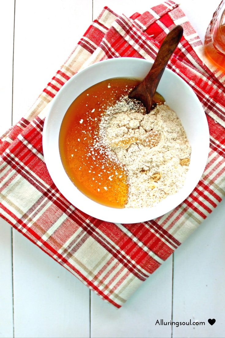 Honey Oatmeal Face Scrub